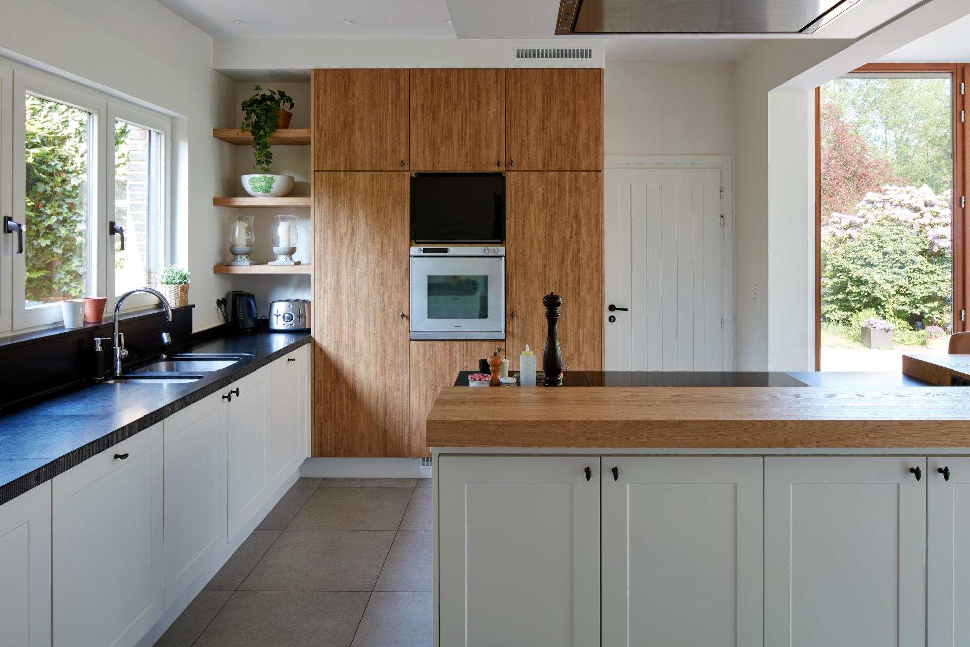 Webo-keukens-op-maat-Mol-Ooms-oven